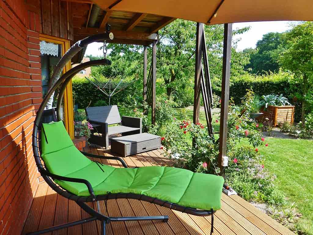 schaukel auf der terrasse welche optionen gibt es. Black Bedroom Furniture Sets. Home Design Ideas